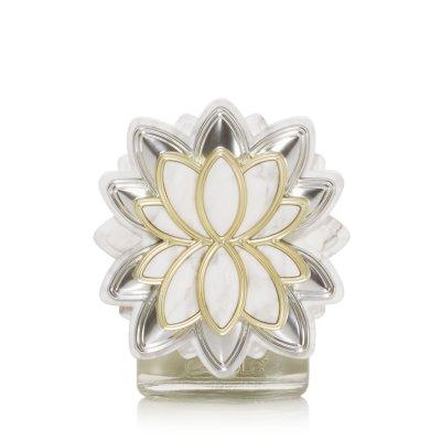Marble Magnolia with Light Sensor