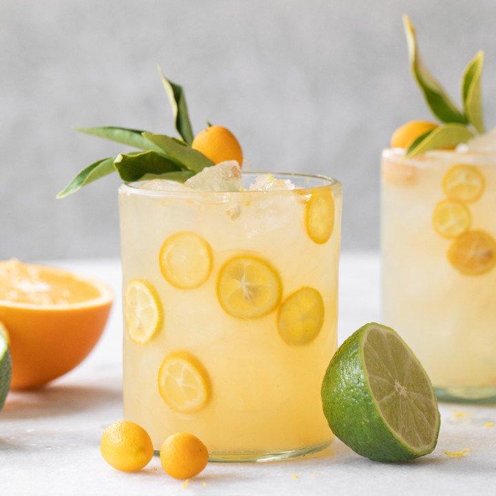 Lemon cocktails in glass