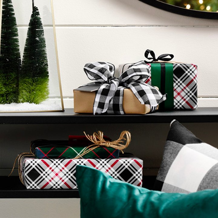 gift tags and wrapping tips thumbnail